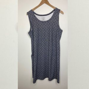 🌹 LL Bean Patterned Dress Size Large